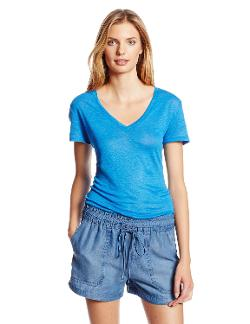 Women's Linen Knit Short Sleeve V Neck T-Shirt by Michael Stars in Little Fockers