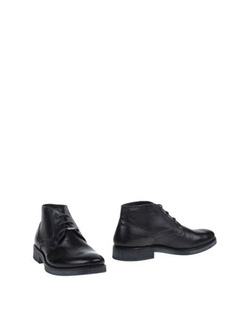 Soft Leather Ankle Boots by Pepe Jeans in Sleeping with Other People