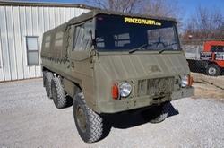 Pinzgauer 712 M Truck by Steyr Daimler Puch in Jurassic World