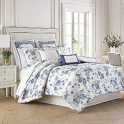 China Blue Floral Duvet Cover Set by Wedgwood in The Visit