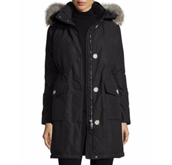 Long Hooded Arctic Parka Coat by Woolrich in A Bad Moms Christmas