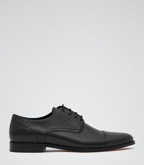 Leather Oxford Shoes by Reiss in While We're Young