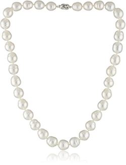 South Sea Pearl Strand Necklace by Tara Pearls in Mr. & Mrs. Smith