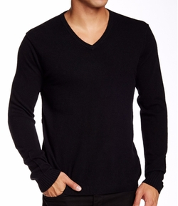 Ivan V-Neck Cashmere Sweater by Quinn in Modern Family