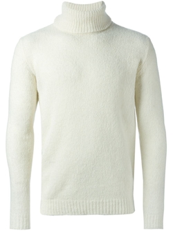 Turtle Neck Sweater by Nuur in On Her Majesty's Secret Service