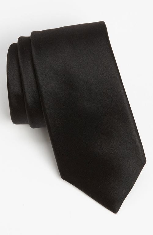 Woven Silk Tie by David Donahue in Taken 3