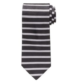 Horizontal Stripe Tie by Jos. A. Bank in Horrible Bosses 2