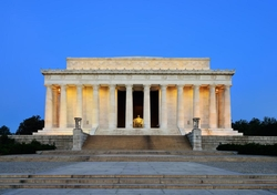 Washington, DC by Lincoln Memorial in Jack Reacher: Never Go Back