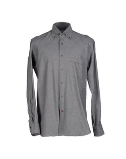 Button Down Shirt by Càrrel in The Flash