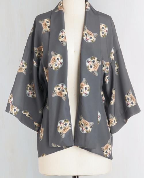 It Had To Be Mew Kimono by Bea & Dot in Fuller House - Season 1 Episode 8