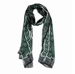Printed Scarf by Roberto Cavalli in Pitch Perfect 3