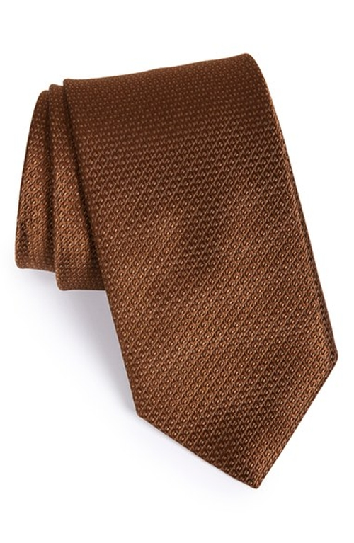 Solid Silk Tie by David Donahue in The Nice Guys