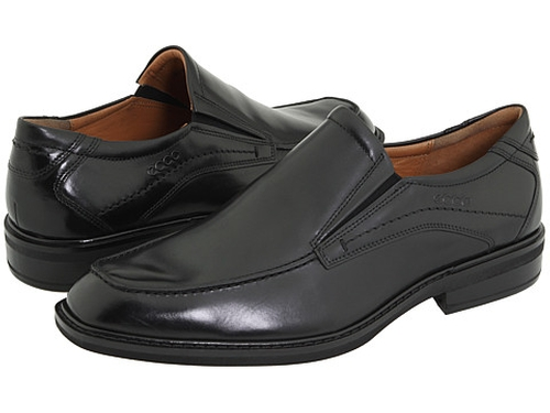Windsor Apron Slip-On Loafers by Ecco in Black Mass