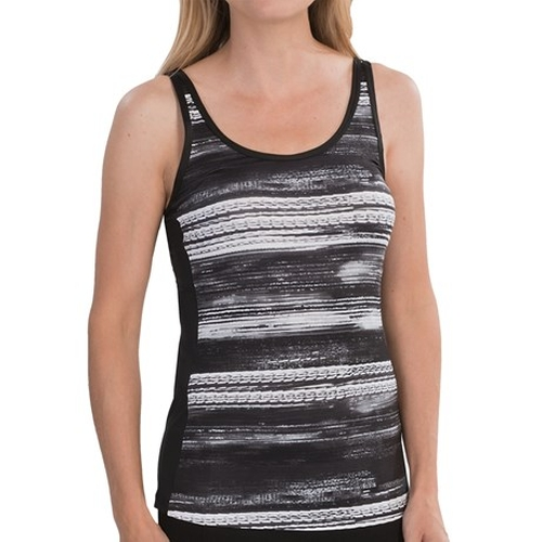 Fashion Print Tank Top by New Balance in Pitch Perfect