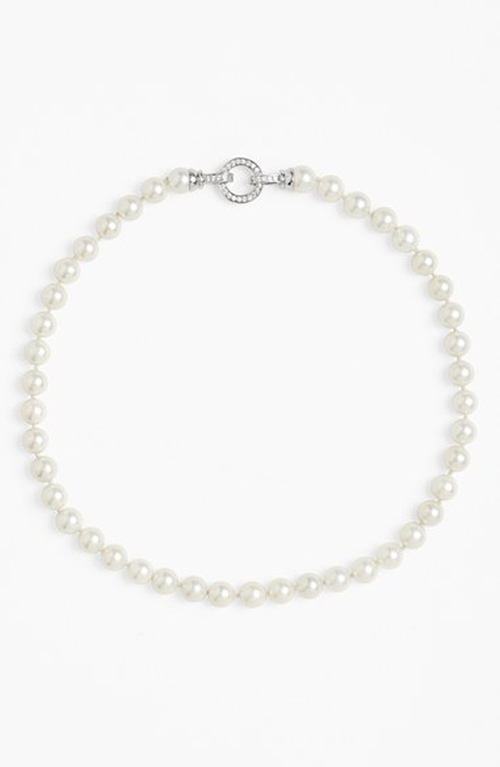 'Indra' Shell Pearl Choker Necklace by Nina in The Finest Hours