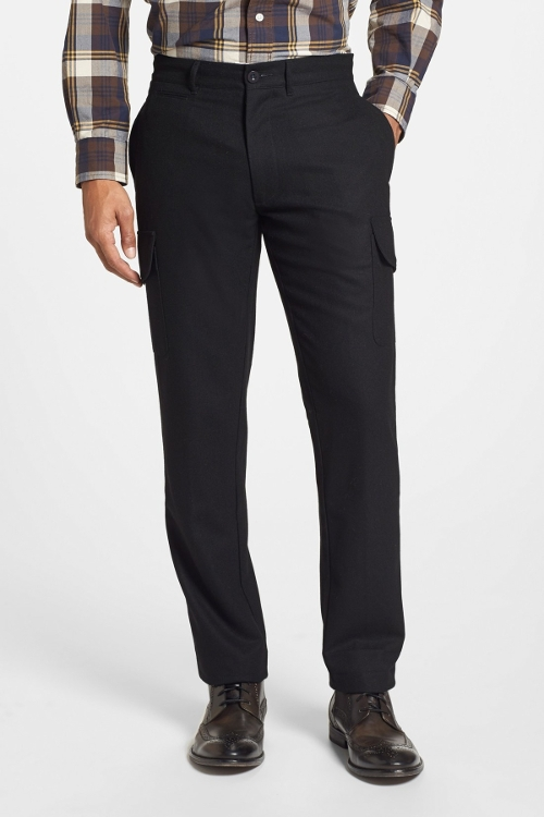 'Russel' Slim Fit Wool Cargo Pants by Grayers in Barely Lethal