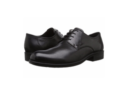 Harold Plain Oxford Shoes by Ecco in The Girl on the Train