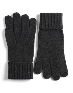Touch Screen Smart Gloves by Black Brown 1826 in A Most Violent Year