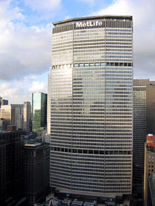 MetLife Building Manhattan, New York in New Year's Eve