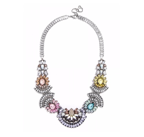 Frank Bib Necklace by Baublebar in Scream Queens - Season 2 Episode 5