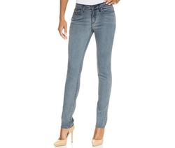 Ultimate Skinny Jeans by Calvin Klein Jeans in Modern Family