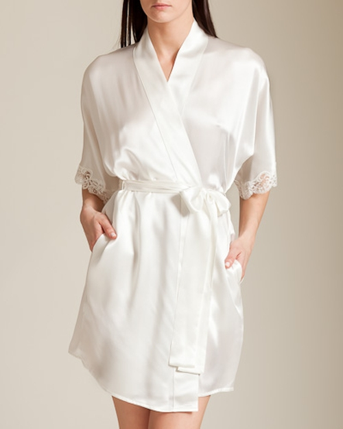 Bijoux Short Robe by Christine in Keeping Up With The Kardashians - Season 11 Episode 10