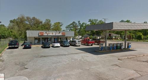 Cash-N-Carry Destrehan, Louisiana in American Ultra