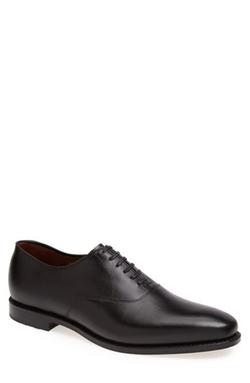 'Carlyle' Plain Toe Oxford Shoes by Allen Edmonds in Legend