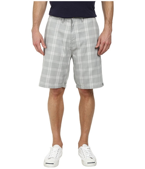 Regent Stack Pv Walk Shorts by Quiksilver in The Big Lebowski