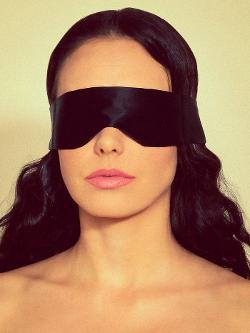 Lelo Intima Silk Blindfold by Coco de Mer in Fifty Shades of Grey