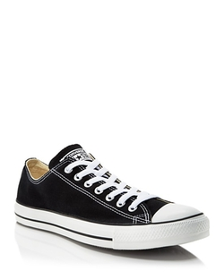 Chuck Taylor Classic Low Top Sneakers by Converse in Pretty Little Liars