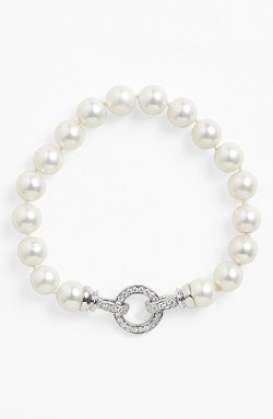 "'Judi"" Shell Pearl Bracelet by Nina in Pitch Perfect 2"