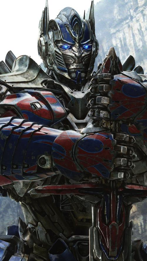 Optimus Prime by Aaron Archer (Concept Artist) in Transformers: Age of Extinction