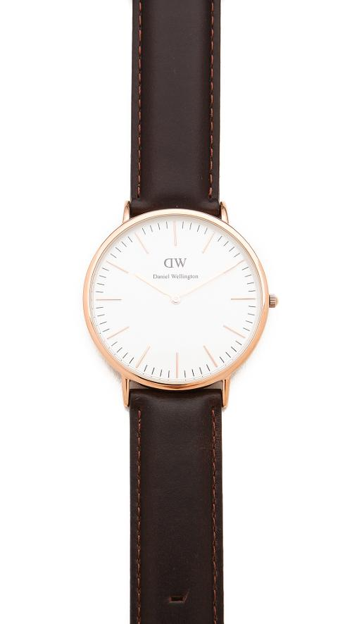 Cardiff Leather Band Watch by Daniel Wellington in The Disappearance of Eleanor Rigby