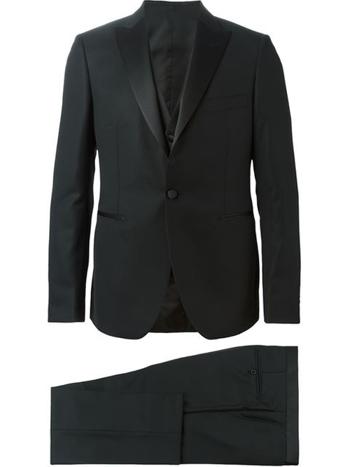 Three-Piece Dinner Suit by Tagliatore in Wedding Crashers