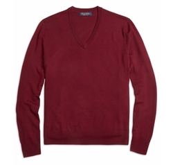 Saxxon Wool V-Neck Sweater by Brooks Brothers in The Flash