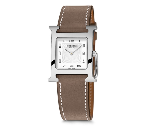 Heure H Watch by Hermes in The Good Wife - Season 7 Episode 21