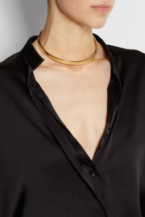 Gold-plated choker by MAISON MARTIN MARGIELA in Jersey Boys