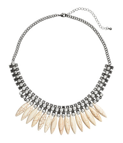 Short Necklace  by H&M in Pretty Little Liars - Season 7 Episode 3