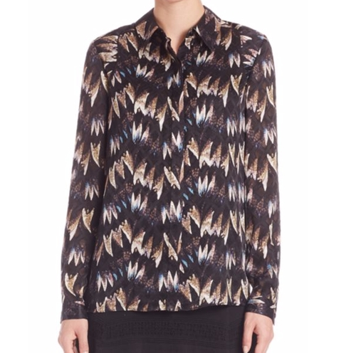 Chrissie Printed Silk Button-Front Blouse by Diane von Furstenberg in Grace and Frankie - Season 2 Episode 2