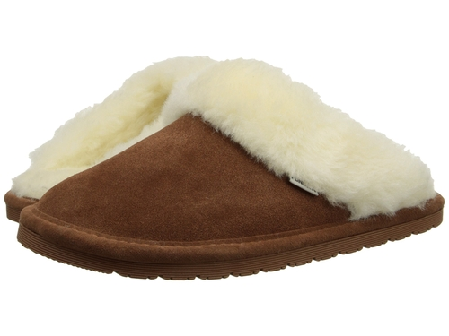 Riley Fur Slippers by Tundra Boots in Wet Hot American Summer