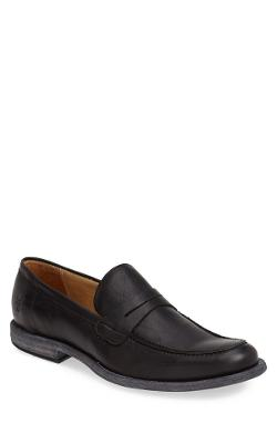 Phillip Penny Loafer by Frye in A Good Day to Die Hard