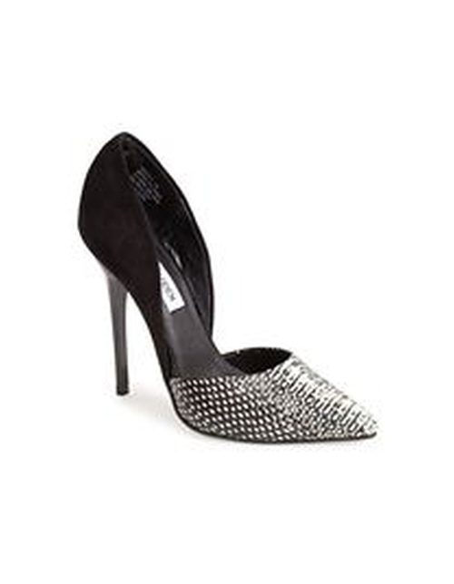 Varcityy Pumps by Steve Madden in Pretty Little Liars
