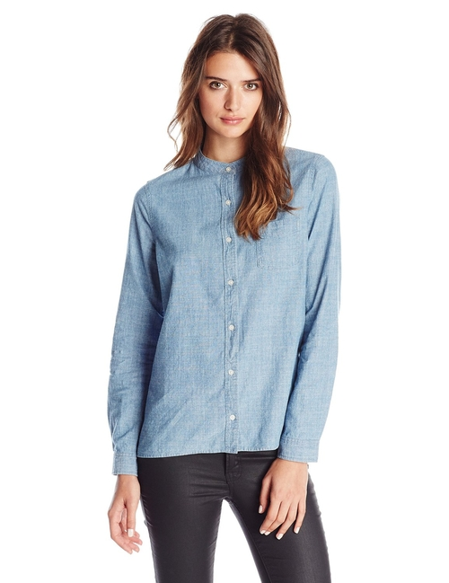 Collarless Chambray Shirt by Levi's in Jane Got A Gun