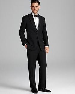 Giorgio Peak Lapel Tuxedo Suit by Armani Collezioni in Ocean's Eleven