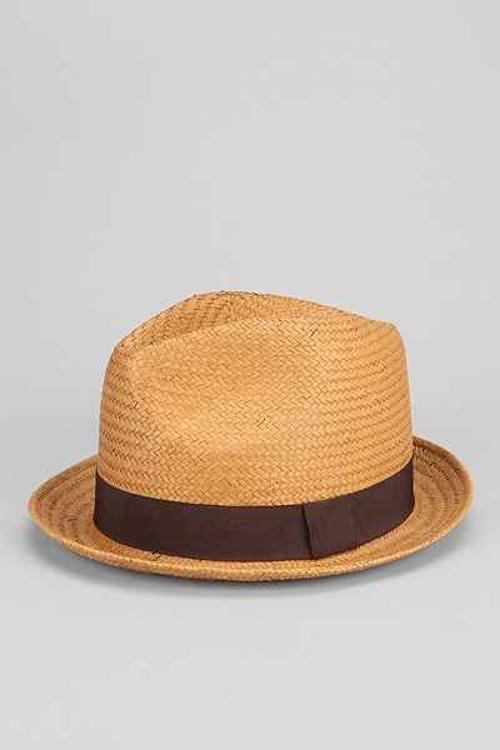 Natural Straw Banded Fedora by Urban Outfitters in Horrible Bosses 2