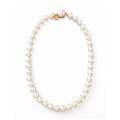 Pearl Necklace by Majorica in The Notebook