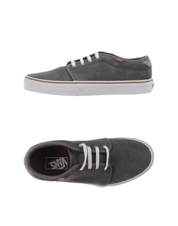 Low Tops Sneakers by Vans in Ballers