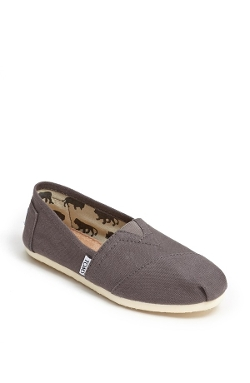 'Classic' Canvas Slip-On by TOMS in Laggies