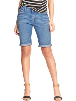 Women's The Sweetheart Denim Bermudas Shorts by Old Navy in 99 Homes